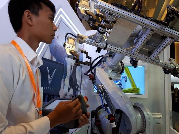 Xưởng oto robot