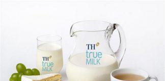Không nên uống sữa nóng khi cho thêm đường