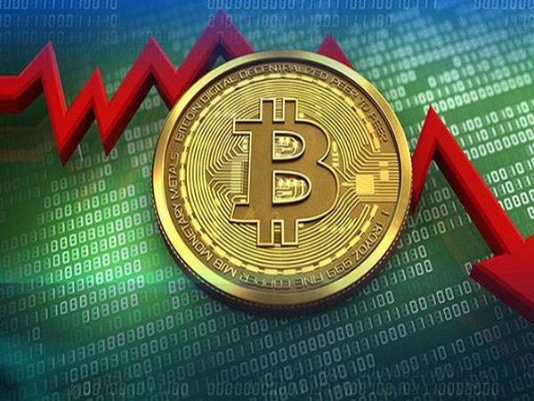 Bitcoin chọc thủng đáy 6.000 USD