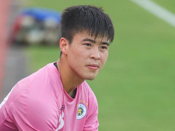 Bóng đá Việt Nam 3/3: Duy Mạnh đứt dây chằng, nghỉ thi đấu dài hạn