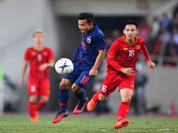 Tiền vệ Hùng Dũng đang chơi cực hay trên đội tuyển quốc gia Việt Nam