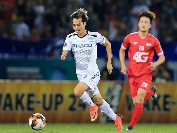 """Bóng đá Việt Nam 1/6: Văn Toàn được tiến cử vào vị trí """"đau đầu"""" của thầy Park"""