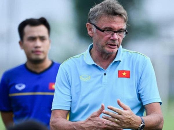Bóng đá Việt Nam 28/7: HLV Troussier bổ sung 4 sao trẻ HAGL cho U19 Việt Nam
