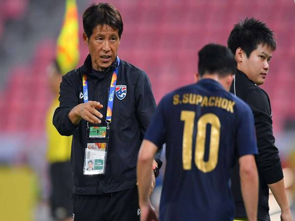 Bóng đá Việt Nam chiều 25/5: HLV tuyển Thái thèm được như thầy Park