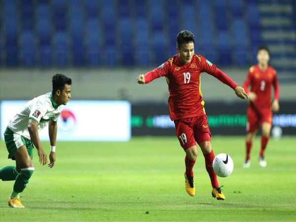 Nguyễn Quang Hải lấy bàn thắng đáp lại hoài nghi
