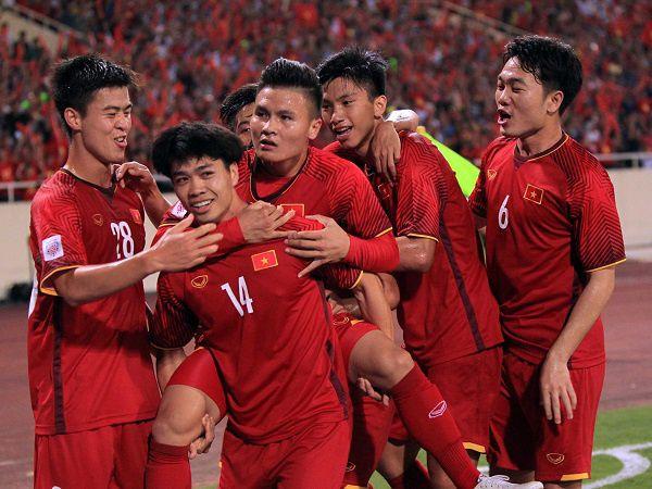 Bóng đá Việt Nam sáng 2/8: FIFA ra luật mới có lợi cho đội tuyển Việt Nam